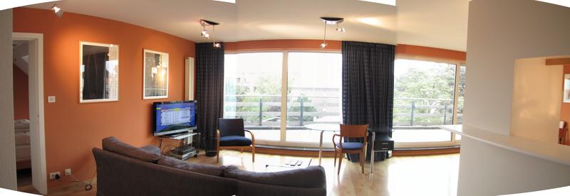 Living room 23E
