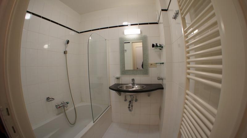 Bathroom 23A & 23C